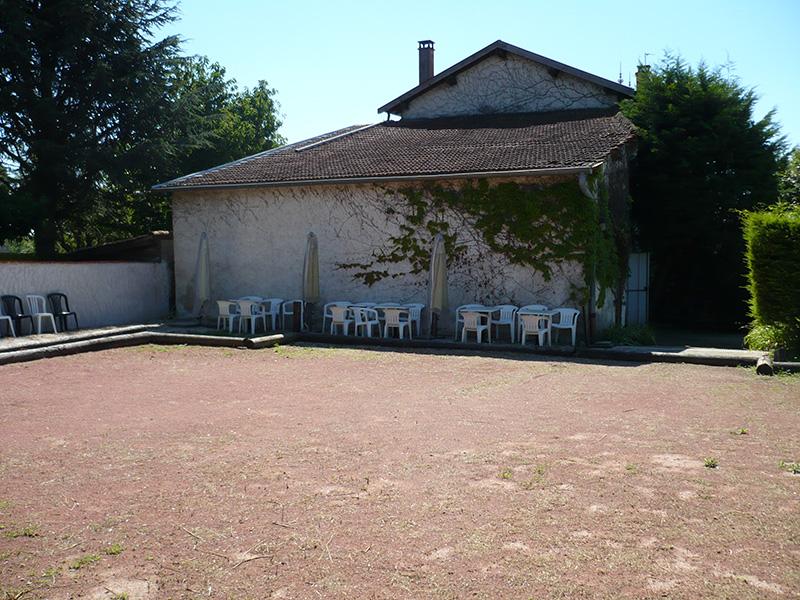 Auberge de Saint-Didier - terrain de pétanque