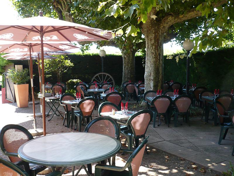 Auberge de Saint-Didier - terrasse